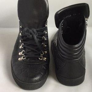 Men's Gucci Sneakers 10 EUC